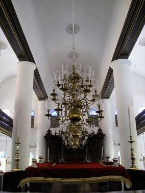 450px-Curaçao_synagogue-2